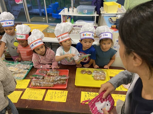 Queen Emma Preschool Become Bakers for Community Helper Week